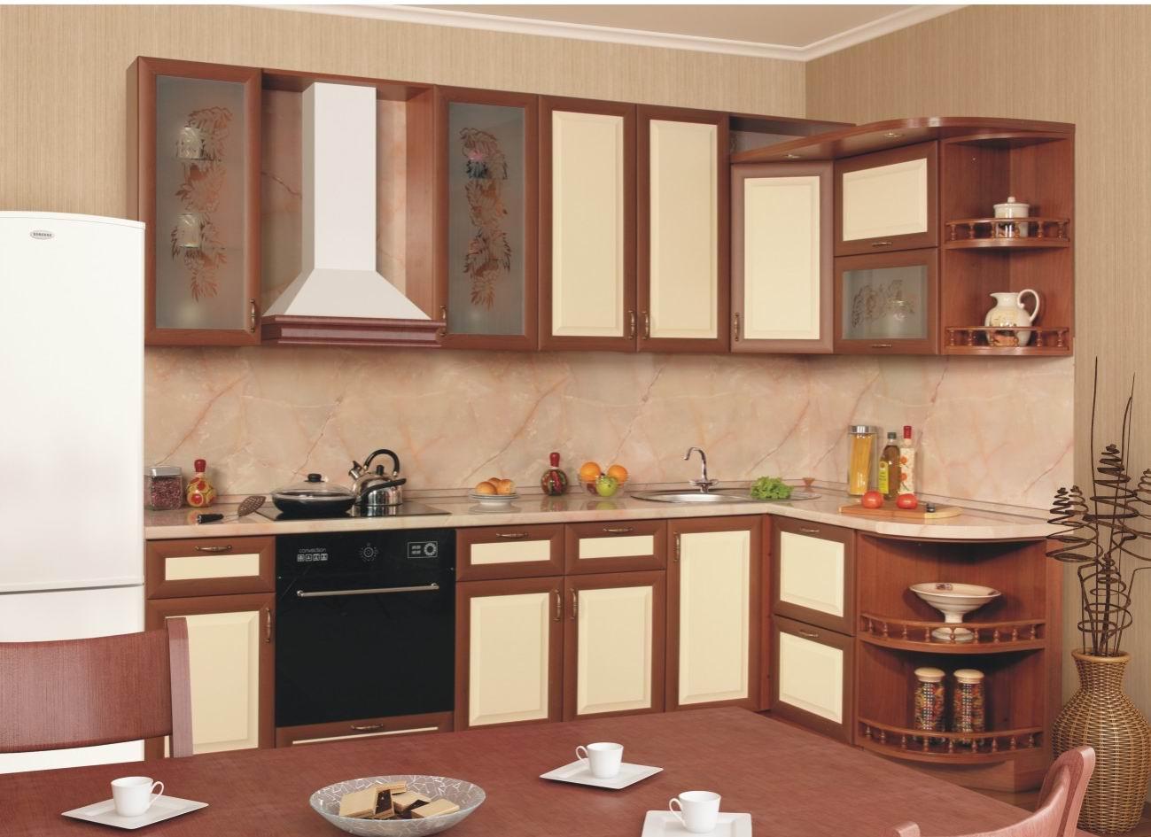 Кухня с фасадами рамка AGT